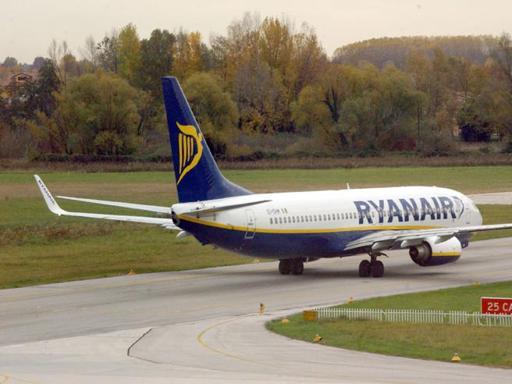 Disagi per i voli della compagnia low cost Ryanair (archivio)
