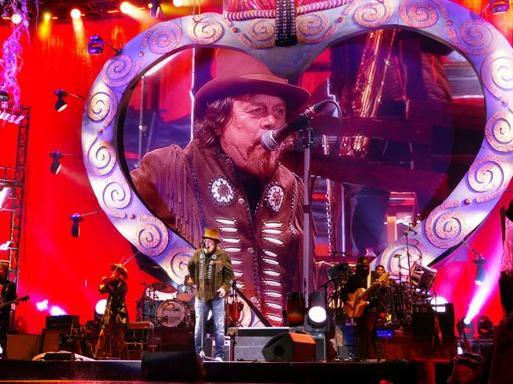 In Arena il cantante Zucchero
