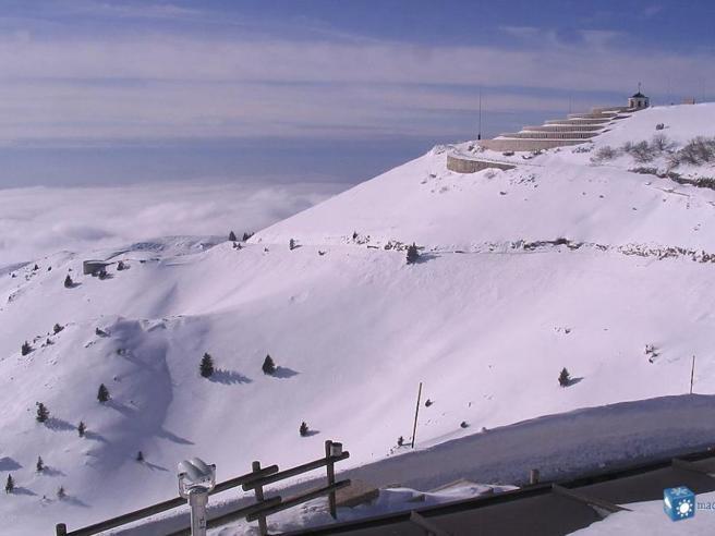 Cima Grappa vista dalla webcam il 24 febbraio